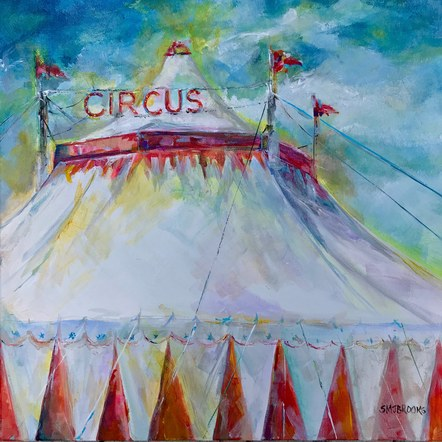 Look there's a Circus!