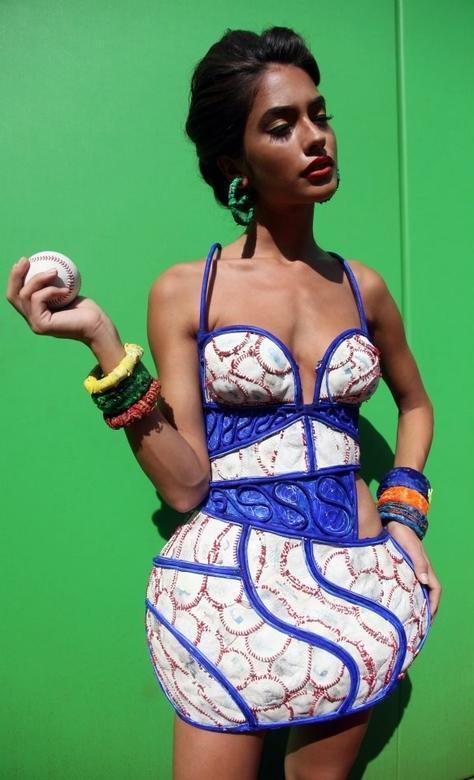 Julia Veli, Artist & Fashion Designer Portfolio